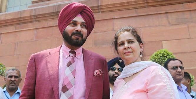 Shrimoni Akali Dal Demands Sidhu's Sack, Wife's Arrest