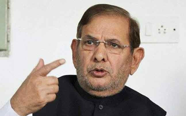 Gujarat Government Must Go Over Attacks  on Workers: Sharad Yadav