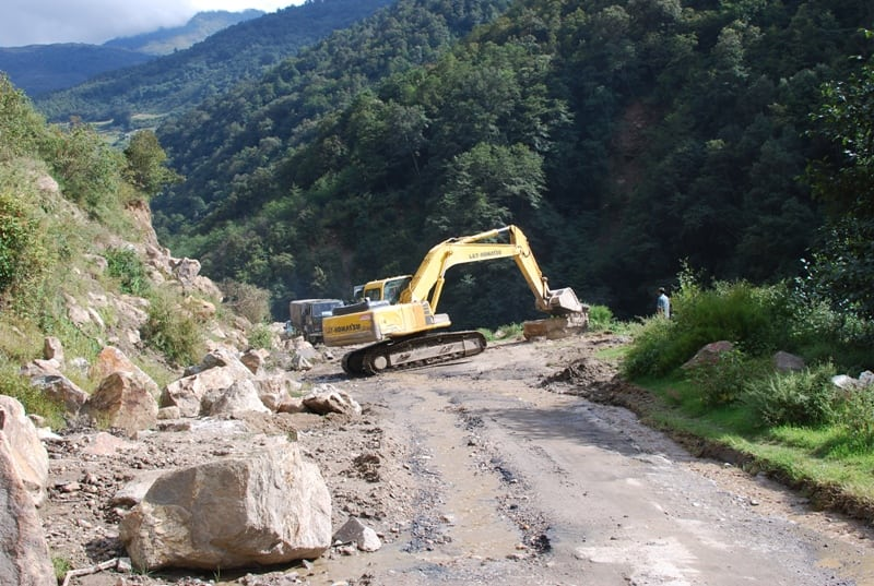 Nyishi Elite Society and Other Organisations Pleads Local Residents for Cooperation in Road Repair