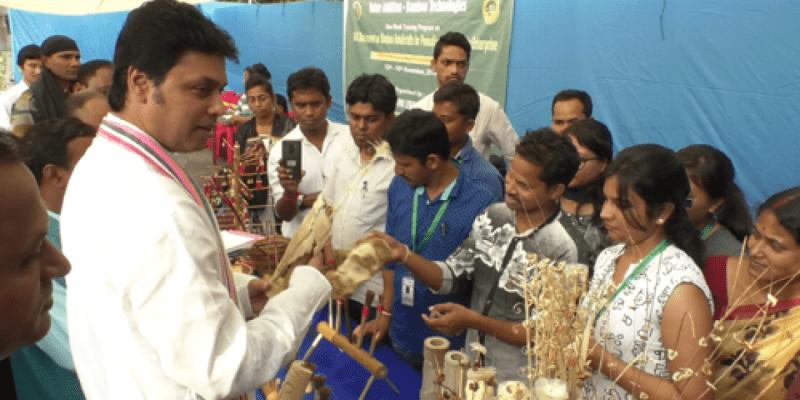 Tripura: Biplab Kumar Deb interacts with Bamboo Artisan in the State