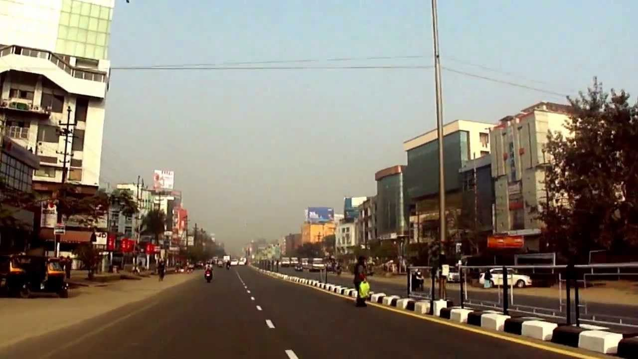 Beautification of  GS Road in Guwahati underway