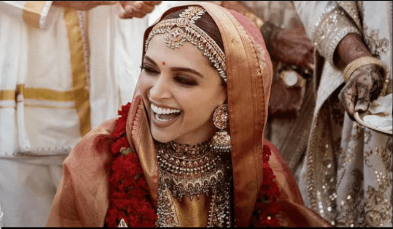 This Special Madame Tussauds Gift For Newly Wed Deepika Padukone Will Surprise You
