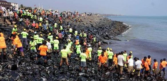Oil spill at Tamil Nadu's Kamarajar Port