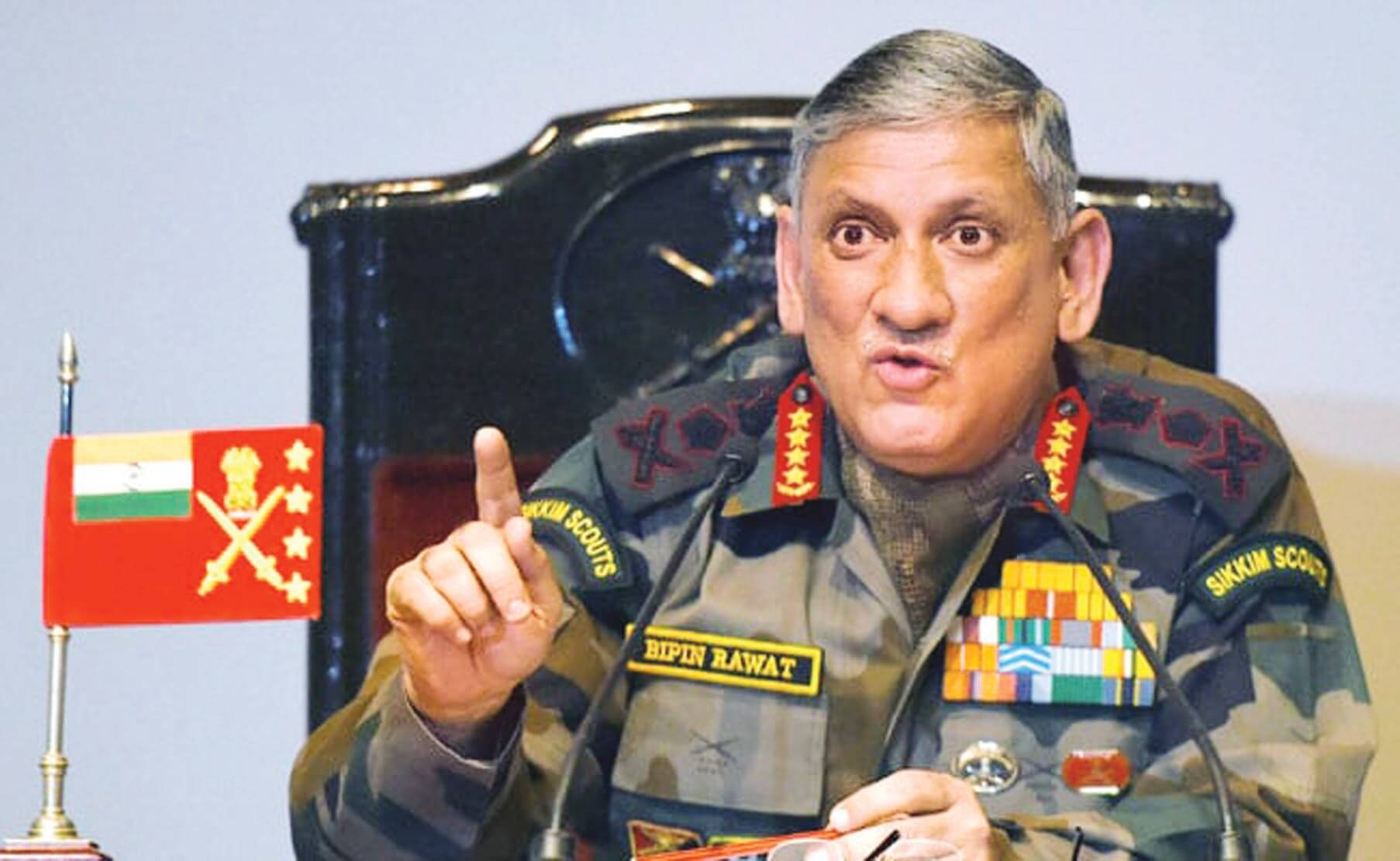 Army chief Bipin Rawat visits ITBP troopers in Uttarakhand