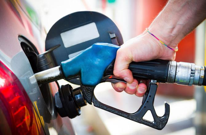 Petrol prices lowest in Financial Year 2018-19
