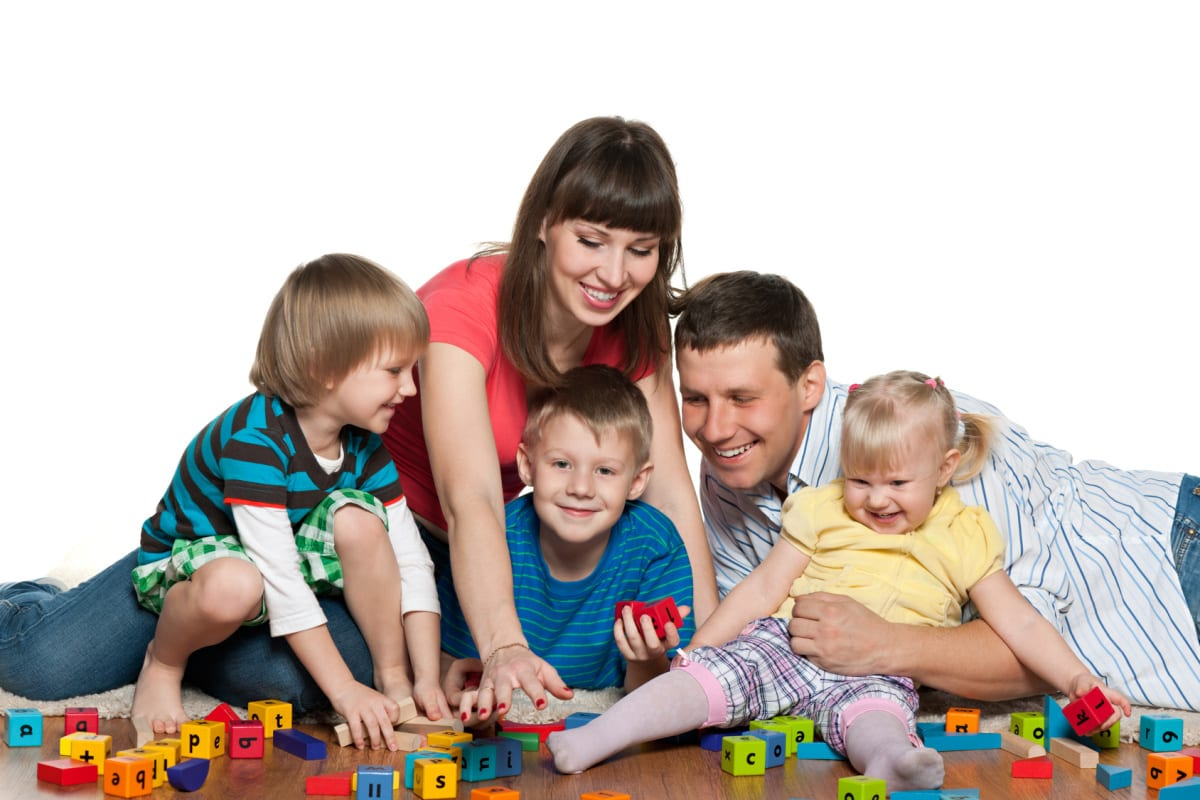 Parenting: How About a Family Play?