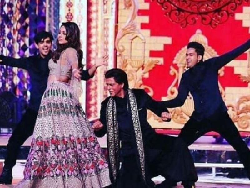 Shah Rukh Khan And Gauri Khan's Dance Performance In Isha Ambani Anand Piramal Wedding Reflects Their Love goals