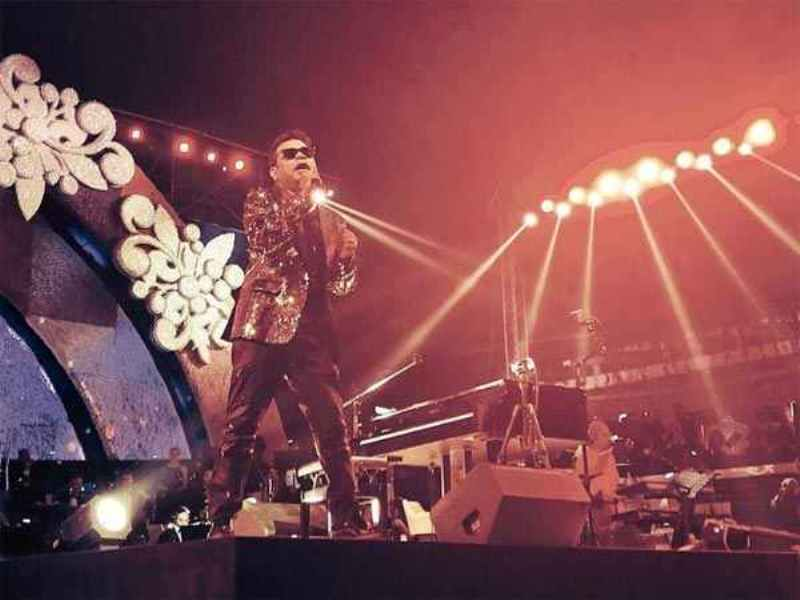 Watch Video: AR Rahman, Sukhwinder Singhs Live Concert At Isha Ambanis Wedding