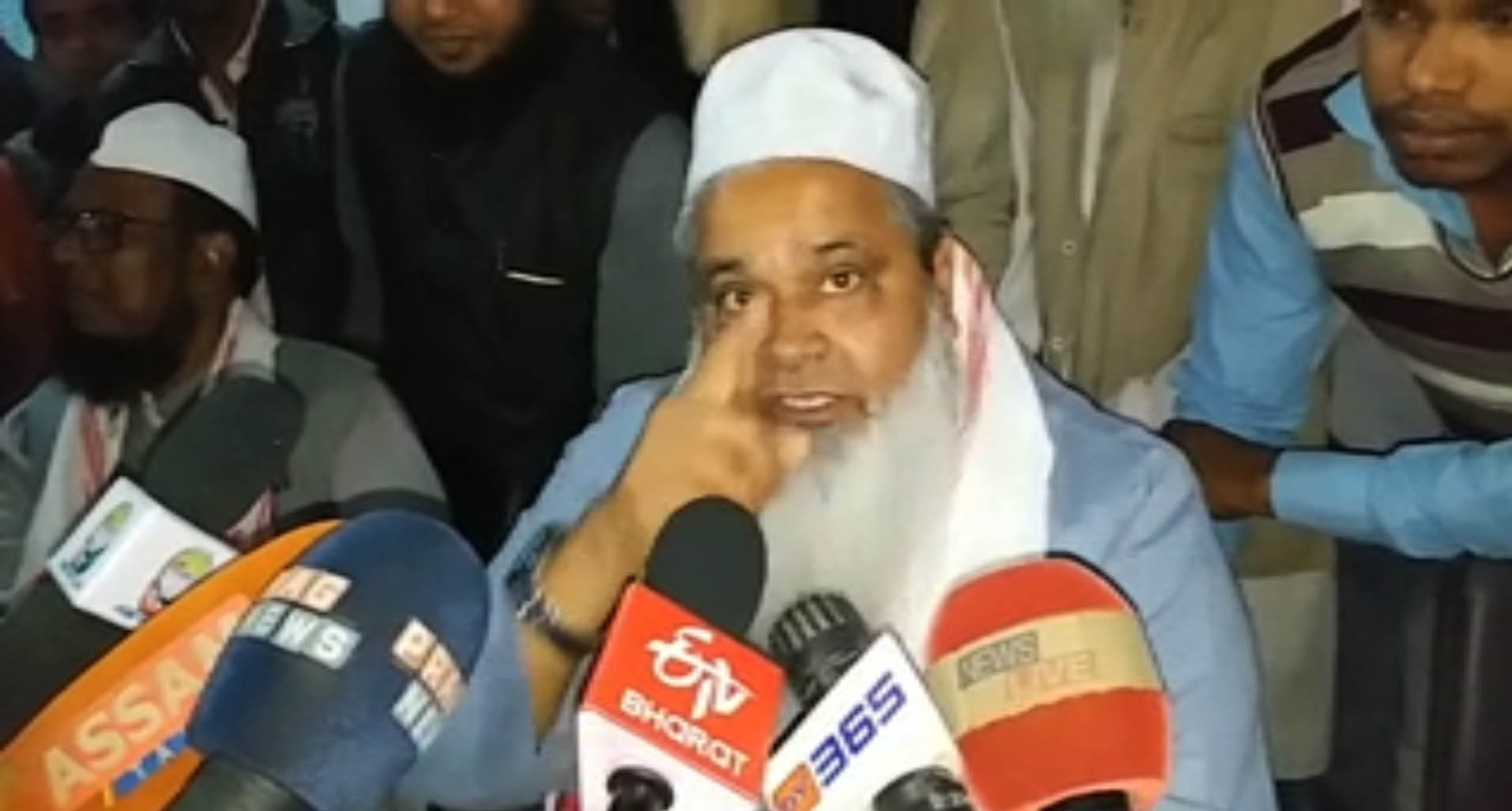 AIUDF Supremo Badruddin Ajmal threatens TV journo of dire consequences in South Salmara