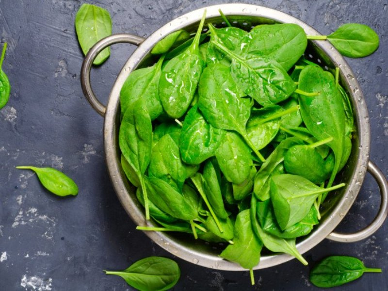 This Green Veggie Treats Alcohol and Mood Disorders: Try Eating It