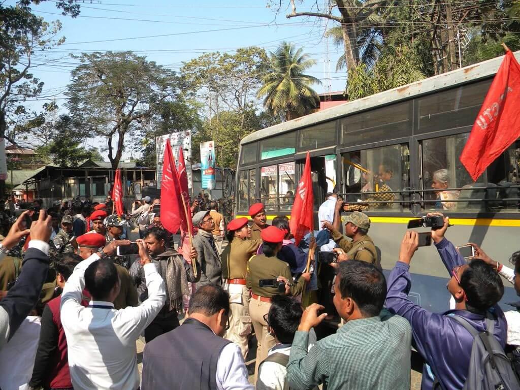 Bandh evokes lukewarm response in Barak Valley