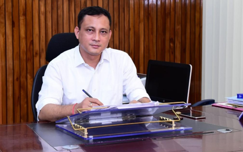 DC Biswajeet Pegu instructs departments to complete pending projects