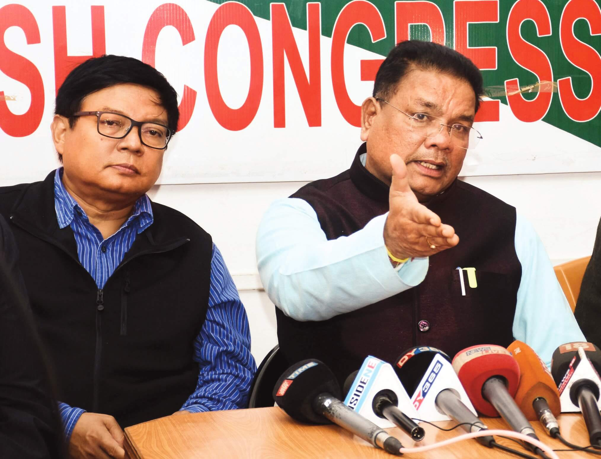Prime Minister befooling people of Assam : Congress