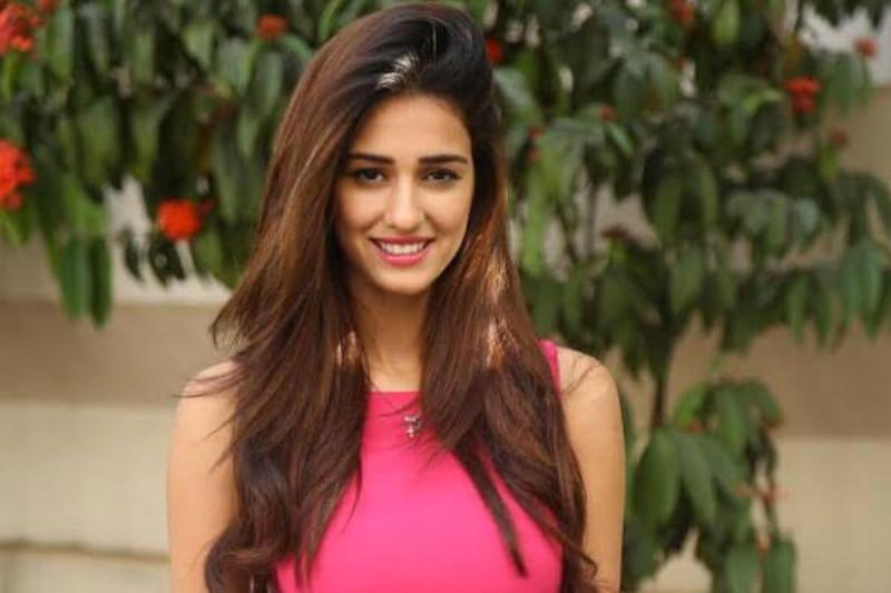 Instagram Users Troll Disha Patani For Copy Pasting Wrong Text For A Post