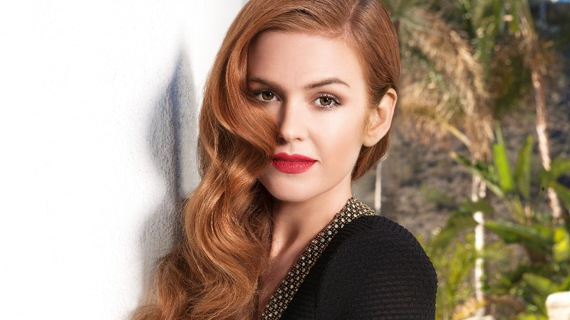 Isla Fisher Jokes About Producing Sperms