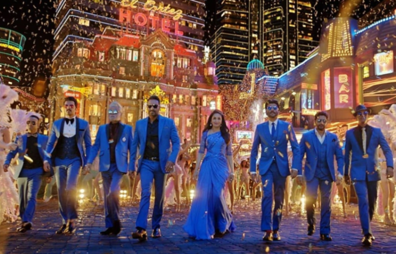 Madhuri Dixit Back In A Glamorous Avatar In Total Dhamaal Song Paisa Ye Paisa