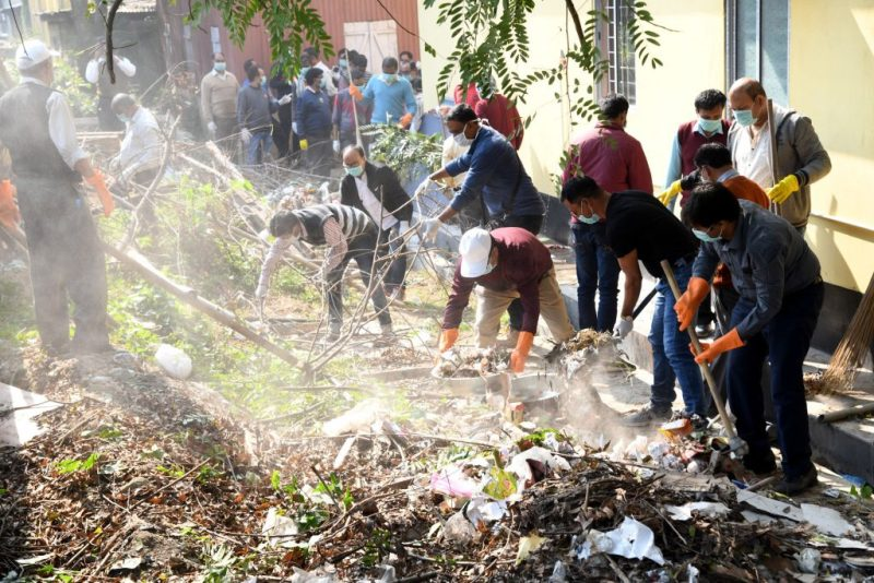 Employees of Soochna Bhawan Participate in Swachhta Campaign