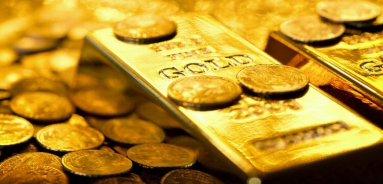 Gold Hits a Life-Time High of Rs 38,070 Per 10 Gram