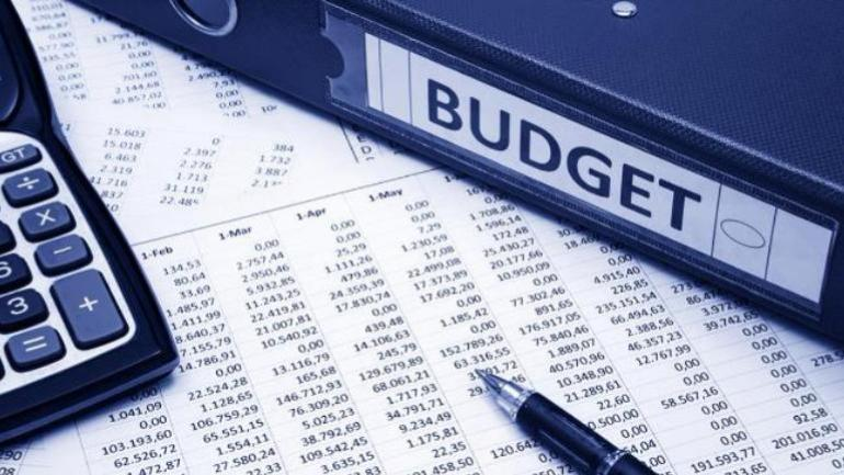 Populist budget to accelerate fiscal slippage: Fitch
