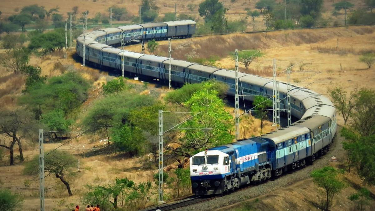 Railways links locomotives via ISRO satellites to automatically feed train status