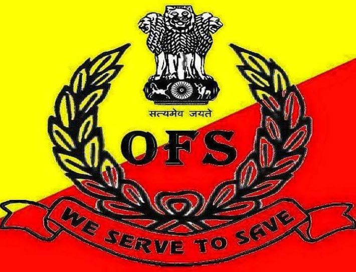 Bus carrying Odisha Fire Service personnel attacked by miscreants in Shillong