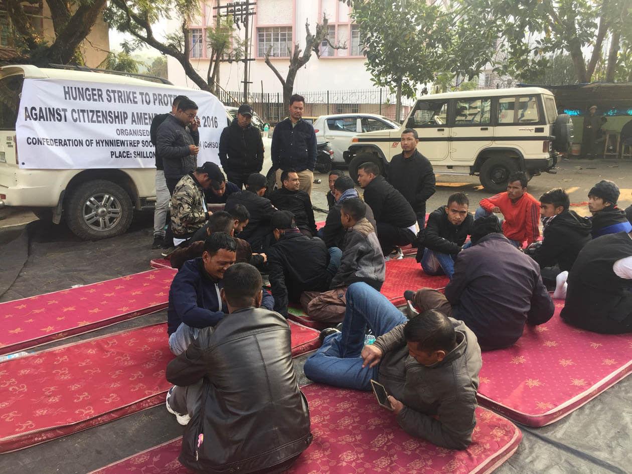 Hynniewtrep Social organization Stages sit-in strike in Shillong