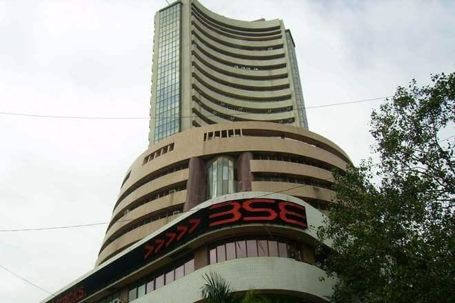 Sensex ends 192 points higher, rupee declines further