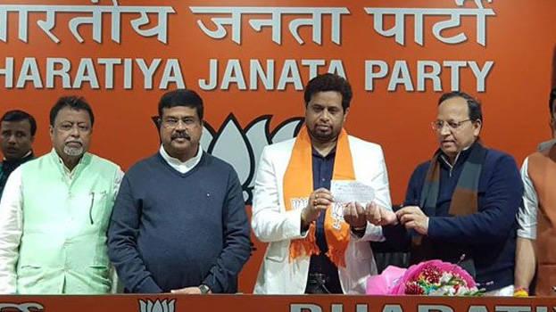 Trinamool expels Soumitra Khan for anti-party activities