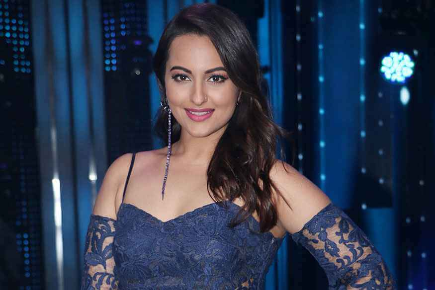 Case of Fraud Filed Against Sonakshi Sinha, Actress May Take Legal Action