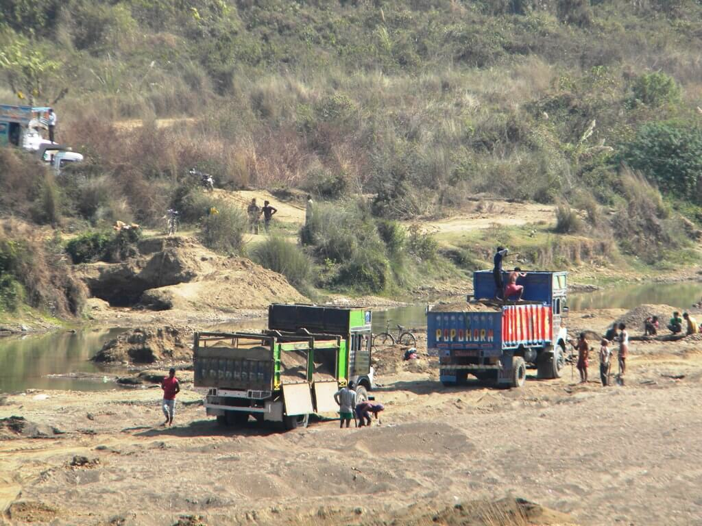 Forest mafia active in illegal stone quarrying