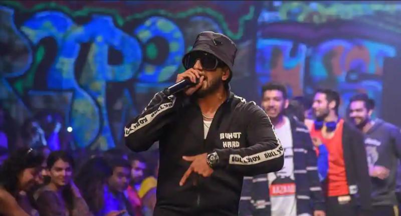 Lakme Fashion Week: Ranveer Singh Raps His Way Through Setting The Ramp On Fire