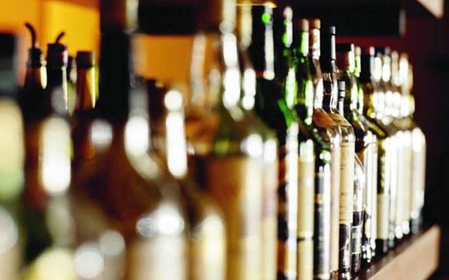 Miscreants loot liquor shop at Sivasagar amid lockdown