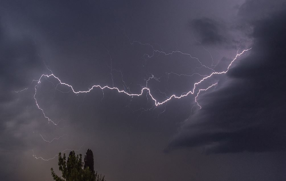 Indian Meteorological Department Warns Thunderstorm And Gusty Winds