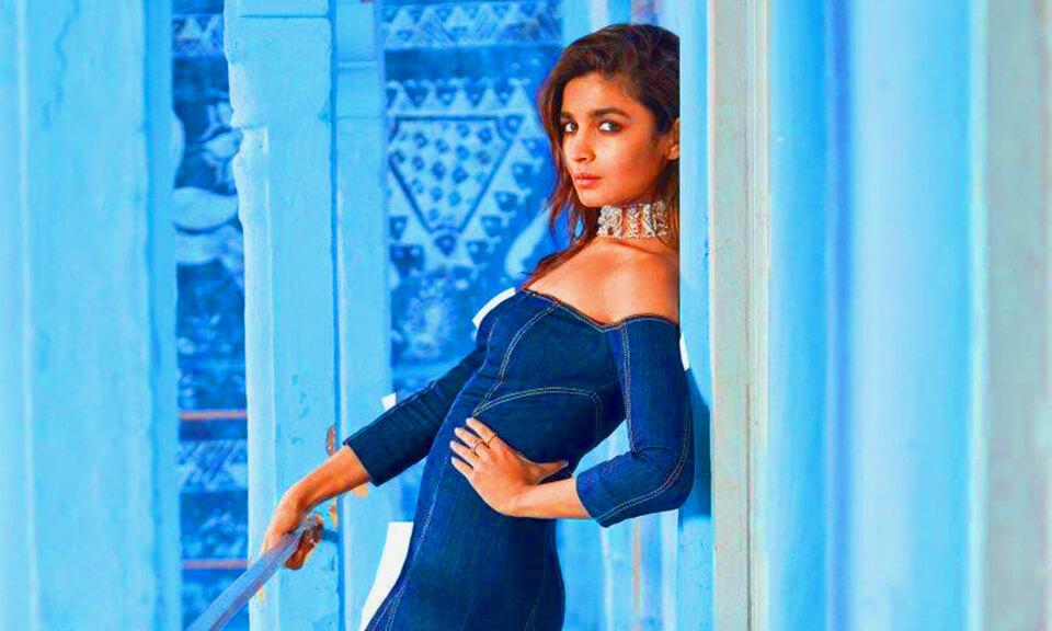 Alia Bhatt Bags Her First film With Sanjay Leela Bhansali