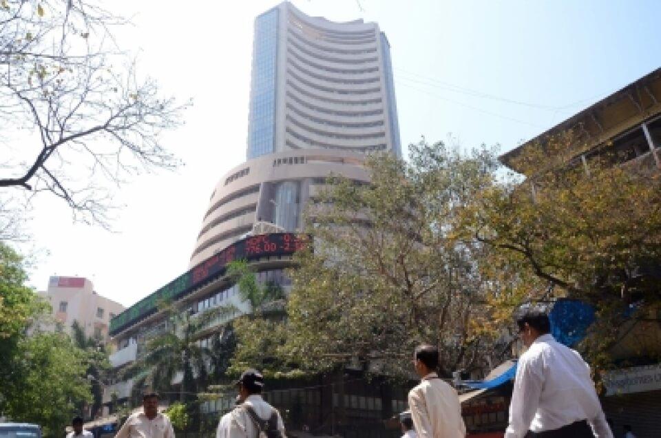 FIIs may drive markets to fresh highs