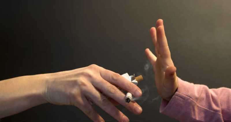 Smoking Fathers, Take Note - Study Says Your Smoke Can Harm Your Baby