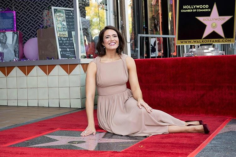 Mandy Moore Gets Hollywood Walk of Fame Star