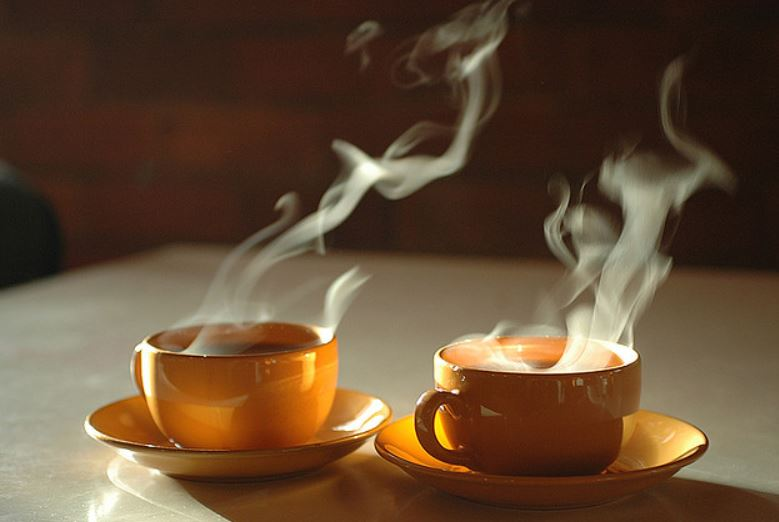 Piping Hot Tea Raises Esophageal Cancer Risk