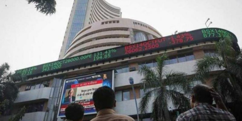 Sensex Gains 277 Points on FM's word to FPIs, rate cut hopes