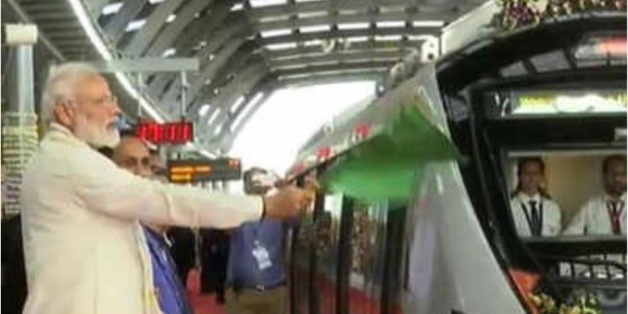 Modi inaugurates Ahmedabad metro's first phase
