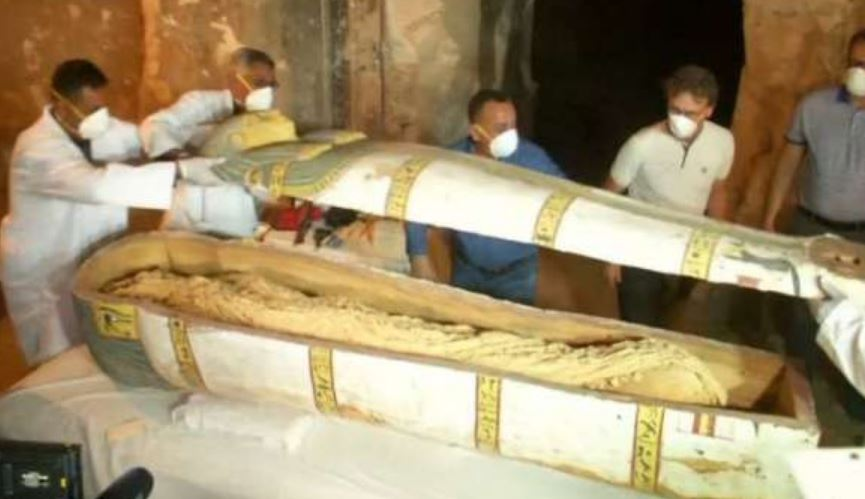 Egyptian coffin to be opened live on Discovery TV