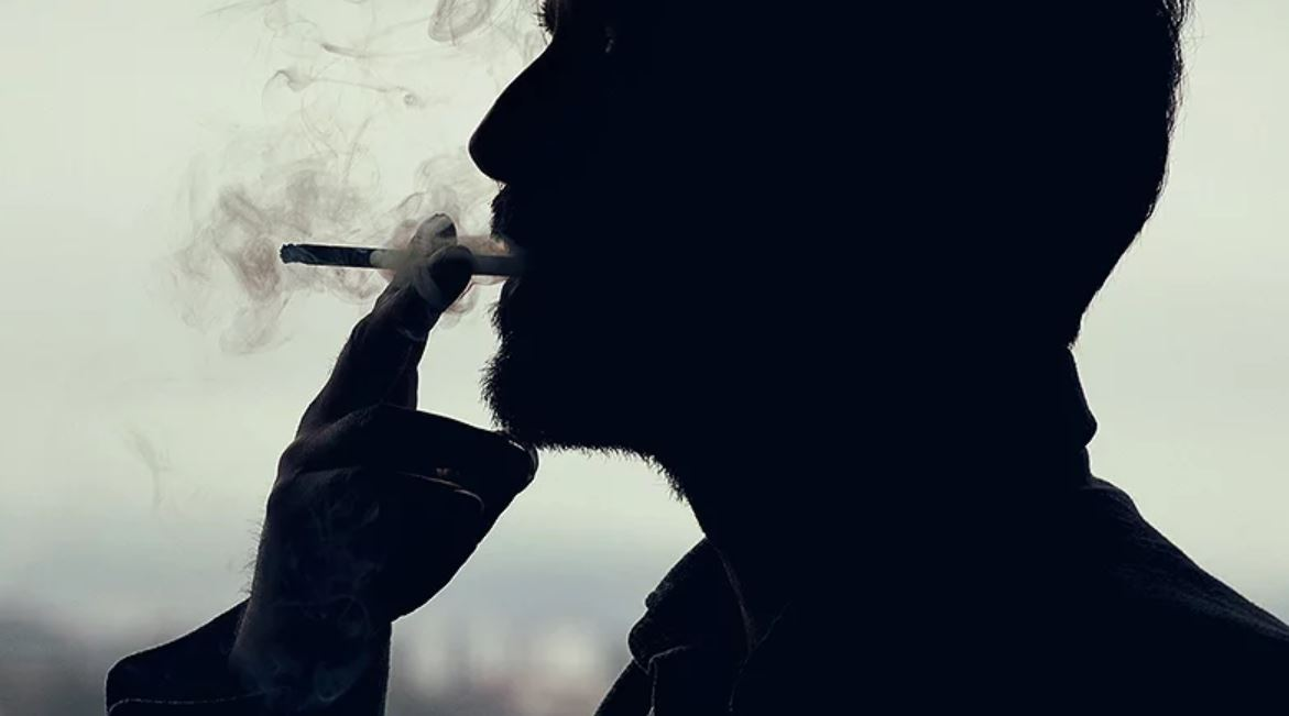 Smoking not linked to higher dementia risk