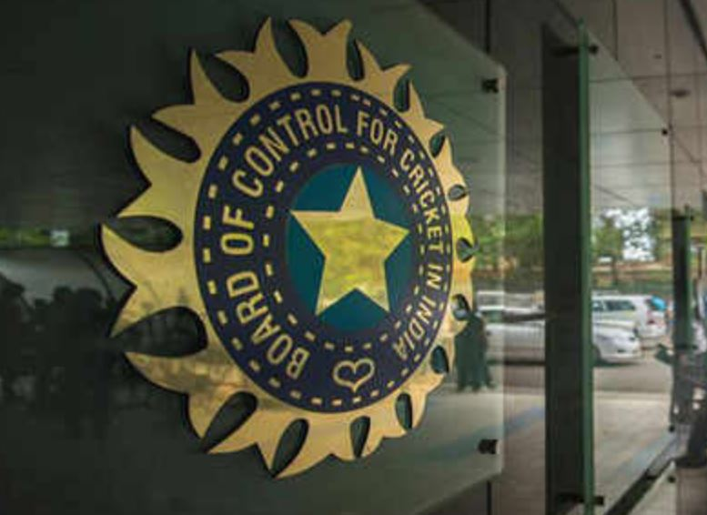 Lodha & BCCI Stunned as CoA asks Kohli-Shastri to Decide on WAGs Travel