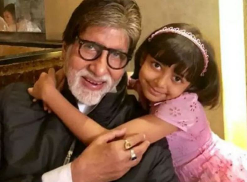 Big B loves when Aaradhya destroys his working desk