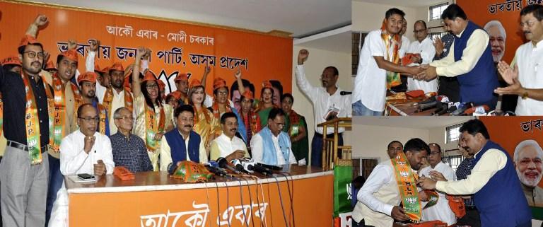 SMSS leaders & Anchalik Parishad members join BJP ahead general elections