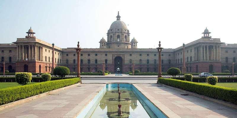 Delinking of Aadhaar an  interim measure: Centre tells SC