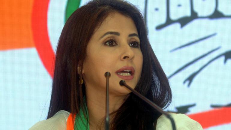 Trolls 'Convert' Urmila Matondkar To Islam