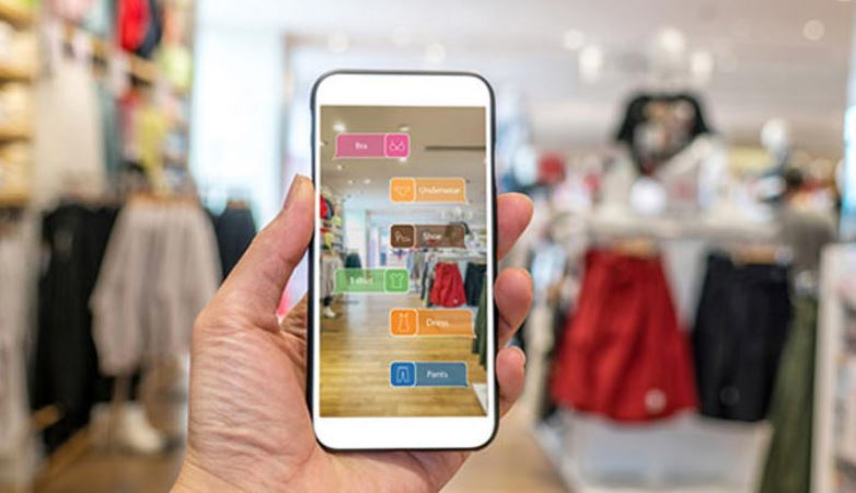'Augmented Reality, Virtual Reality to help 100 million shoppers by 2020'