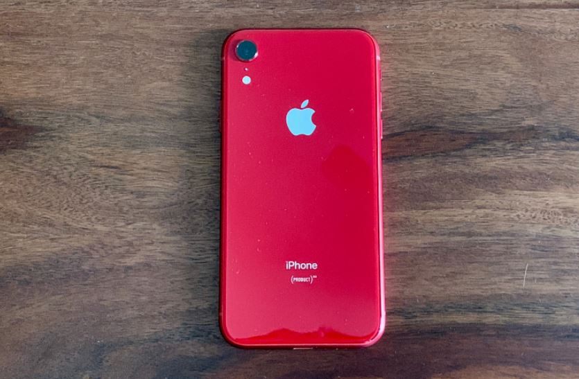 Apple with HDFC Bank slashes iPhone XR price in India