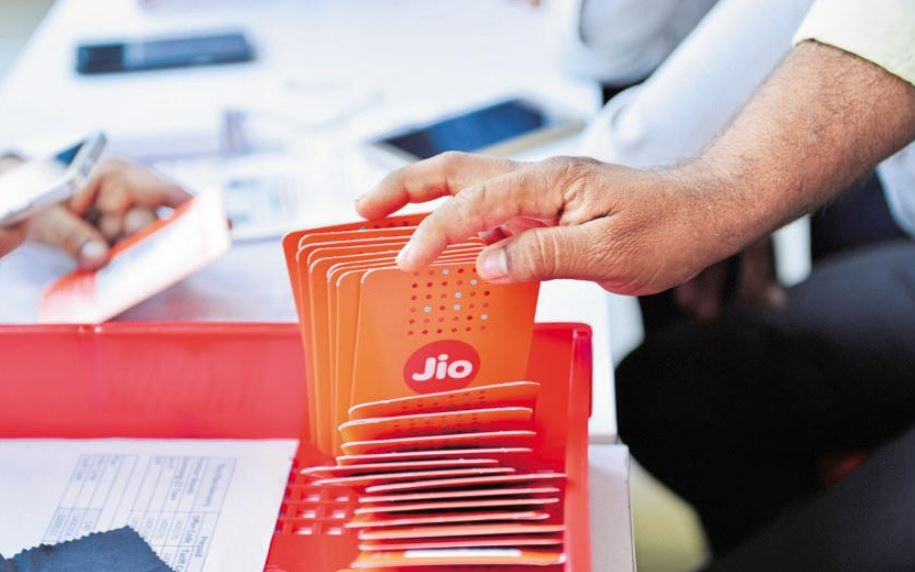 Jio tops 4G download, Vodafone upload speed in March